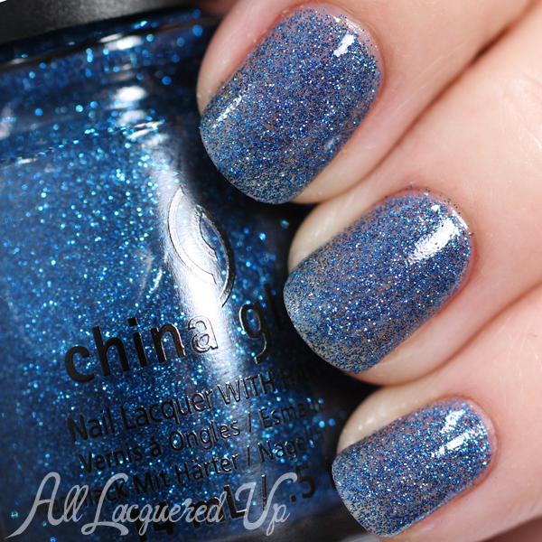 China Glaze Feeling Twinkly - Holiday 2014 via @alllacqueredup