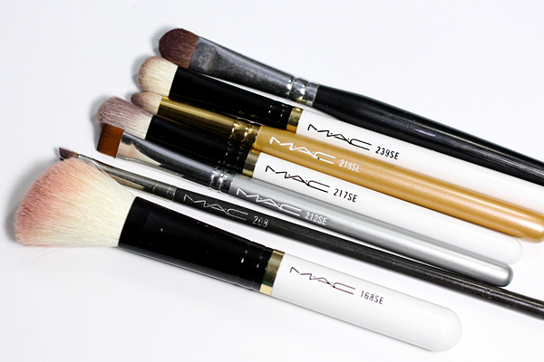 MAC SE Brushes via @alllacqueredup