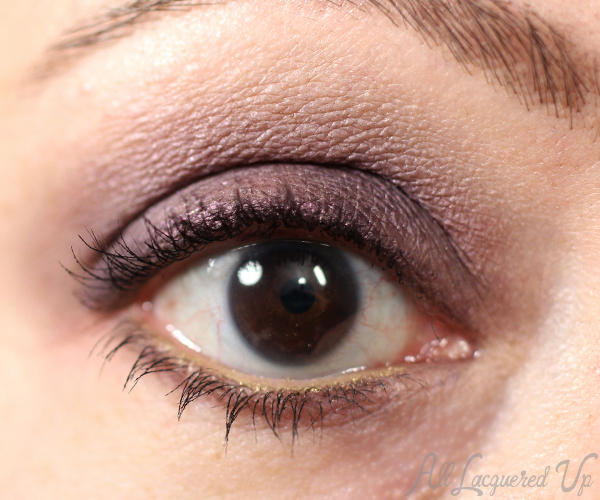 MAC Keepsakes Plum Eyes Tutorial via @alllacqueredup