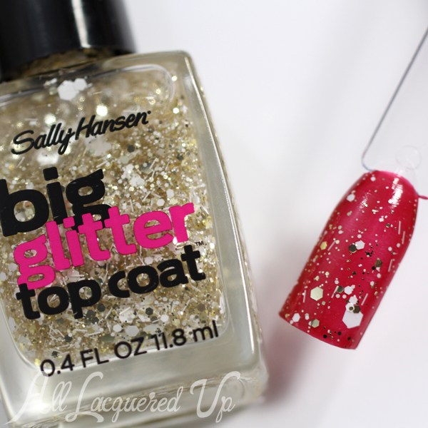 Sally Hansen Goldi-Flecks Glitter via @alllacqueredup