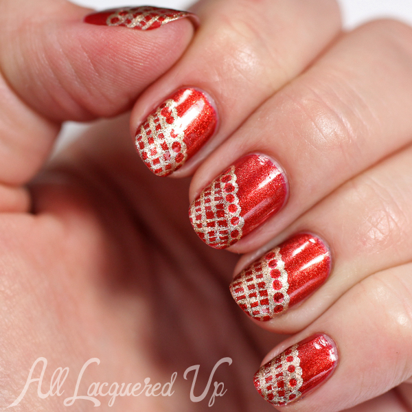 Fishnet Nail Art via @alllacqueredup