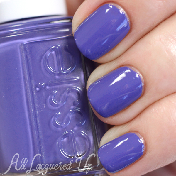 Essie Suite Retreat swatch - Resort 2015 via @alllacqueredup