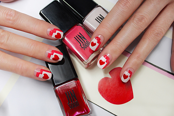 Valentine's Day Nail Art by Jin Soon via @alllacqueredup