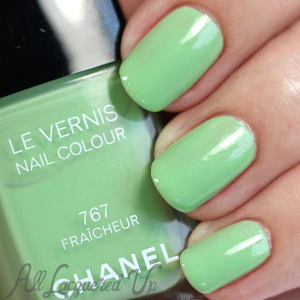 Chanel Fraicheur swatch via @alllacqueredup